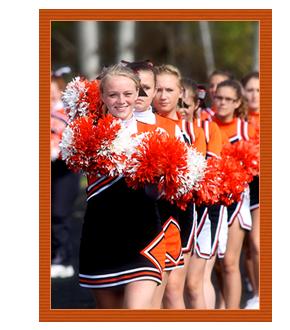 Cheerleaders Lined-up